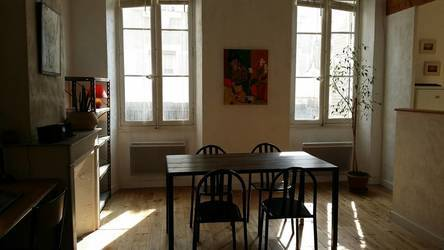 Location meublée appartement 35m² Marseille 6E - 750€