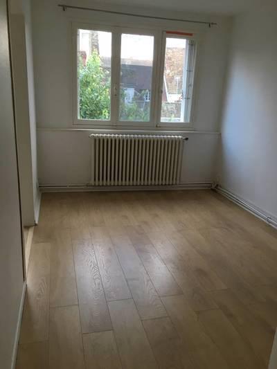 Location appartement 5pi�ces 83m� Chartres (28000) - 1.000€