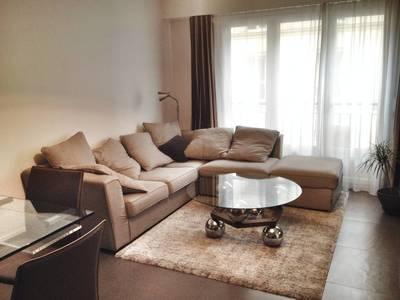 Location meubl�e appartement 2pi�ces 57m� Paris 18E - 1.690€