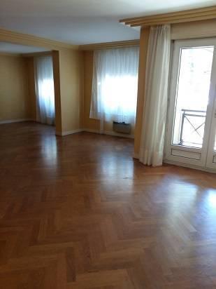 location appartement lyon 7e appartement louer lyon 7e de particulier particulier pap. Black Bedroom Furniture Sets. Home Design Ideas