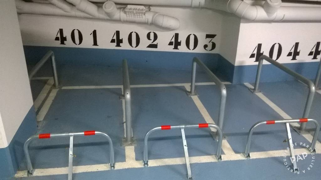 Location Garage, parking Puteaux (92800)  30€