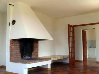 Location maison 99m² Pourrieres (83910) - 900€