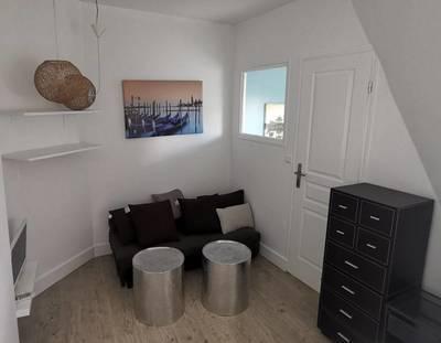 Location meublée appartement 2pièces 20m² Paris 18E - 890€