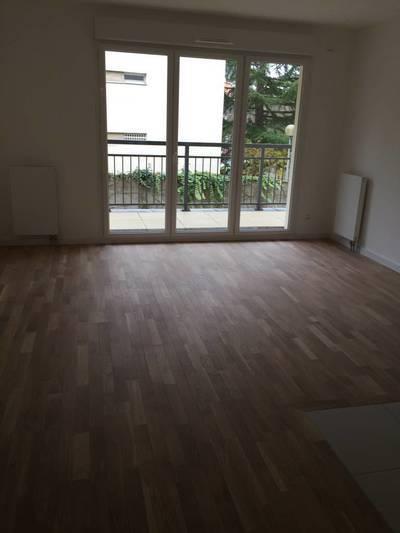 Location appartement 2pièces 40m² Le Plessis-Robinson (92350) - 960€