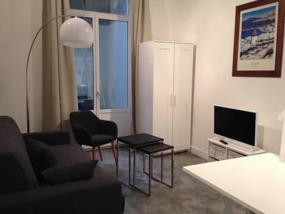 Location meublée studio 29m² Lyon 2E - 760€