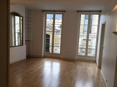 Location appartement 3pièces 67m² Paris 6E - 2.180€