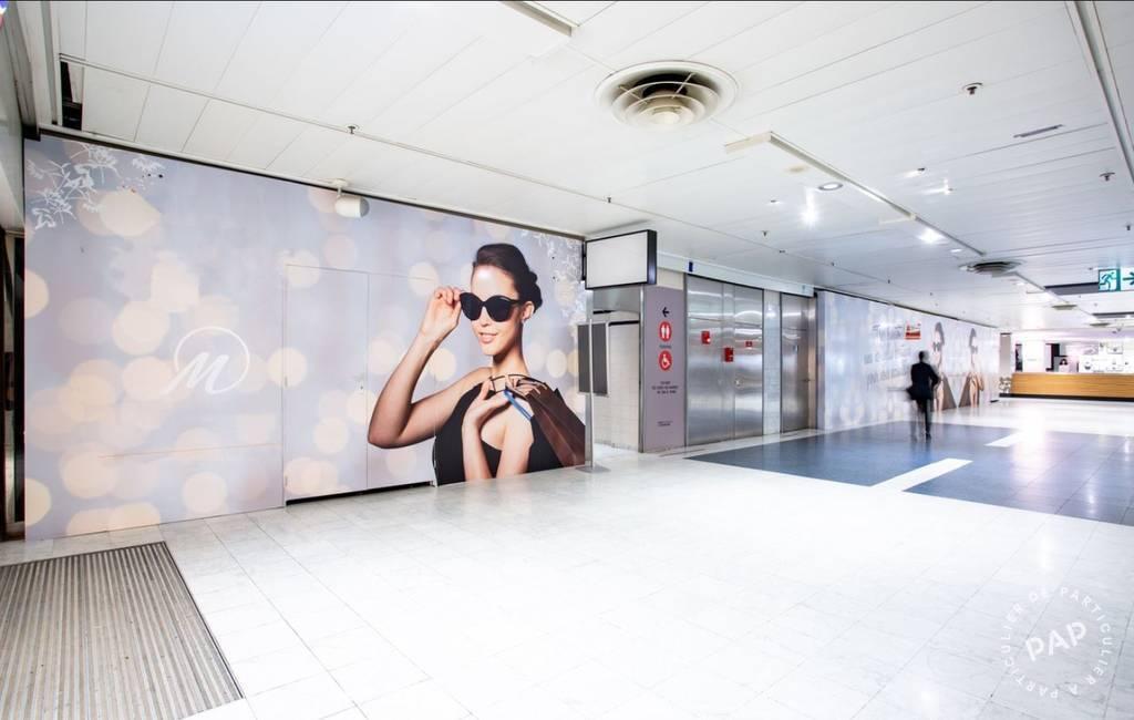 Local commercial 3.000€ 51m² Paris 15E
