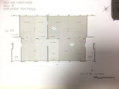 Location appartement 3pièces 80m² Paris 15E - 1.950€