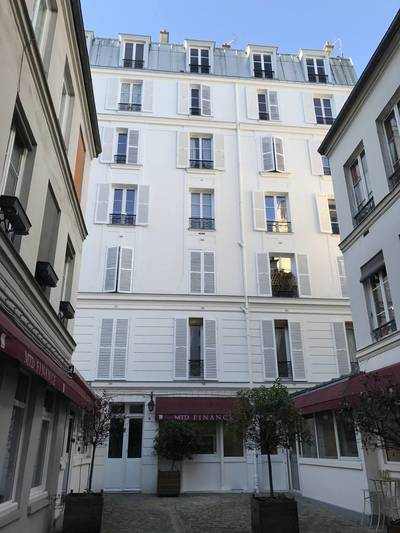Location meublée studio 21m² Paris 4E - 1.000€