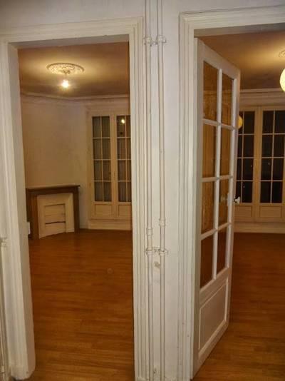 Location appartement 2pièces 40m² Paris 15E - 1.260€