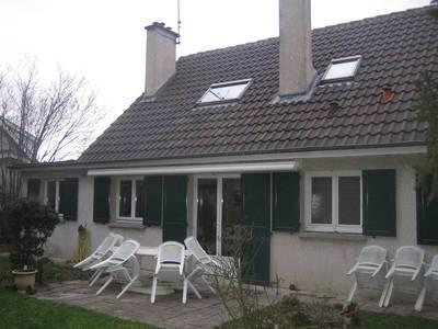 Location maison 130m² Le Mesnil-Saint-Denis (78320) - 1.700€