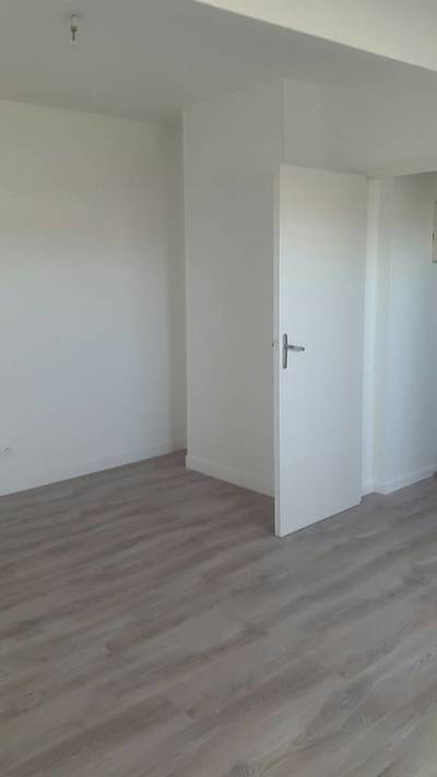 Location appartement 2pièces 44m² Melun (77000) La Rochette