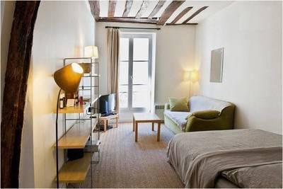 Location meublée studio 27m² Paris 4E - 1.100€