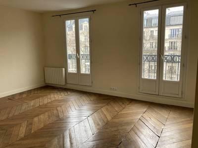 Location appartement 3pièces 54m² Paris 6E - 1.920€