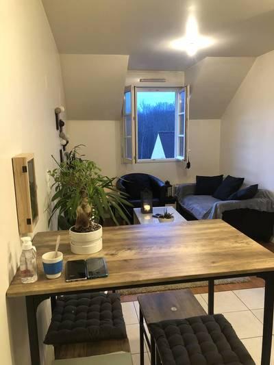 Location appartement 2pièces 35m² Buc (78530) - 800€