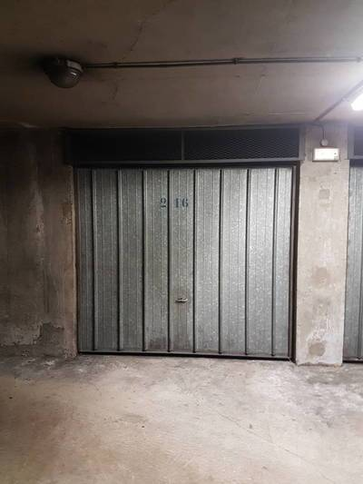 Location garage, parking Paris 14E - 148 €
