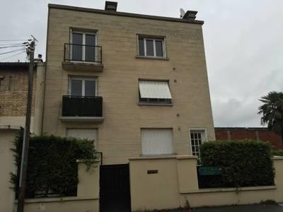 Location meublée studio 40m² Bagneux (92220) - 820€