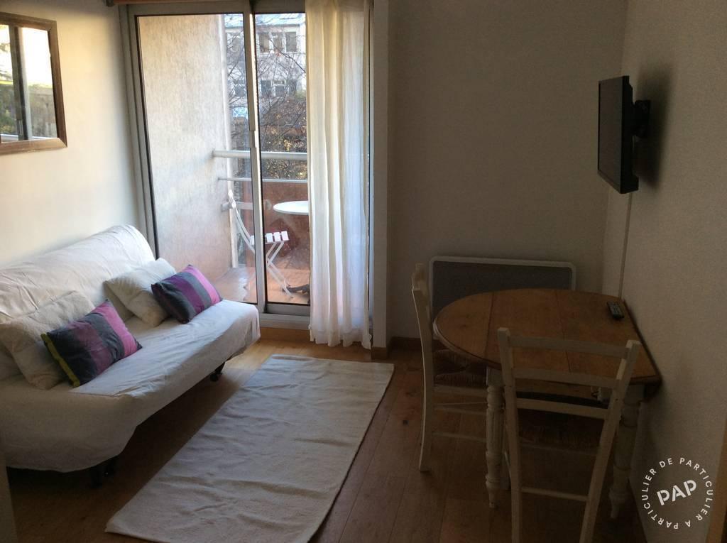 location meubl e studio 18 m paris 10e 18 m 800 e de particulier particulier pap. Black Bedroom Furniture Sets. Home Design Ideas