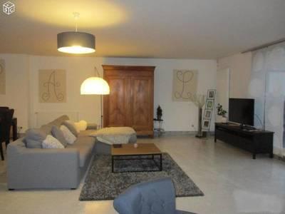 Location appartement 6pièces 150m² Limoges (87) - 1.250€
