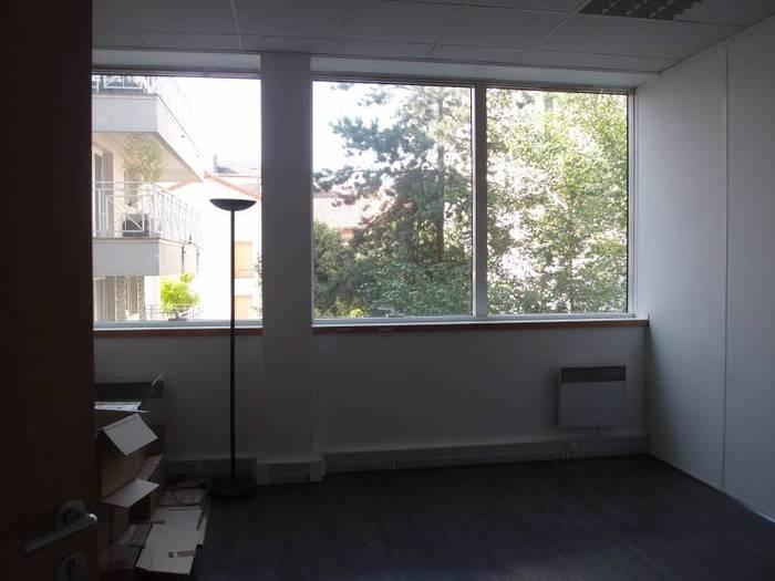 Vente et location immobilier 1.000€ Courbevoie (92400)