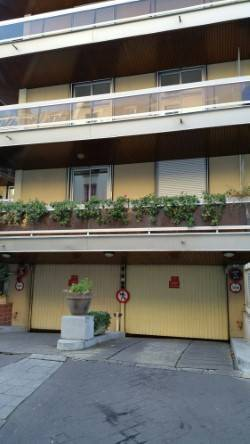 Location garage, parking Paris 18E - 145 €