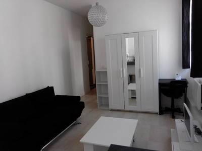 Location meublée maison 22m² Paris 19E Paris 16ème