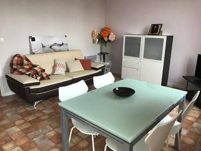 Location meublée appartement 4pièces 60m² Caluire-Et-Cuire (69300) Uchacq-et-Parentis