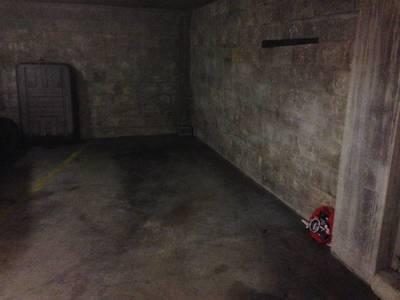 Location garage, parking Paris 17E - 150€