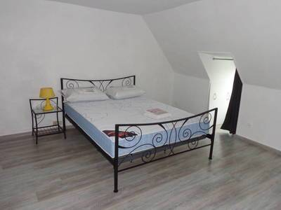 Location meublée appartement 2pièces 45m² Avesnes-Sur-Helpe (59440) Quesnoy-sur-Deûle