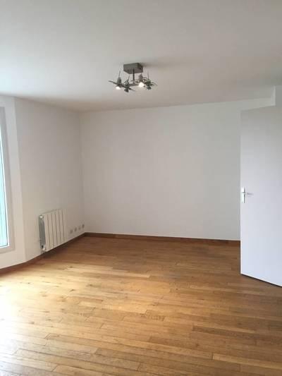 Location appartement 2pièces 50m² Gonesse (95500) - 880€