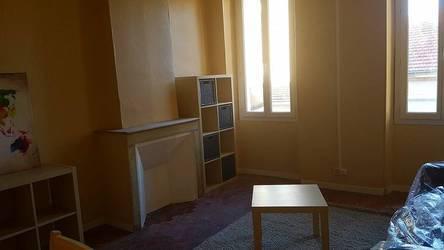 Location meublée appartement 4pièces 50m² Marseille 3E - 650€