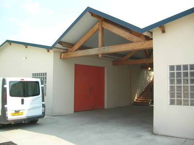 Location local d'activité 400m² Courtry (77181) - 3.020€