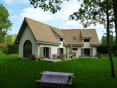 Location maison 162m² Vaux-Sur-Eure (27120) - 1.810€