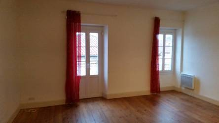 Location appartement 3pièces 90m² Bidache (64520) Bardos