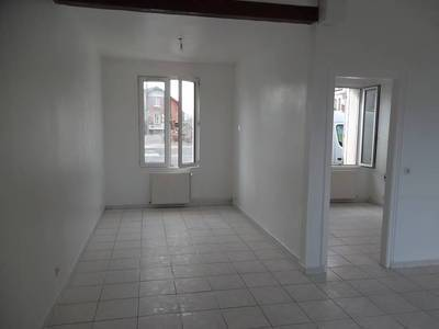 Location maison 85 m² Tergnier (02700) Douchy