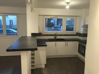 Location meublée appartement 2pièces 60m² Sucy-En-Brie (94370) - 890€