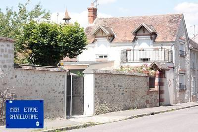 Location maison 136m² Chailly-En-Biere (77930) - 1.475€
