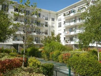 Location appartement 3pièces 63m² Montigny-Le-Bretonneux (78180) - 1.330€