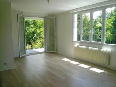 Location meublée appartement 3pièces 79m² Fontenay-Aux-Roses (92260) - 1.423€