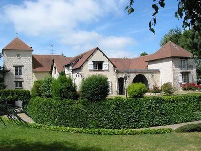 Location local d'activité 450m² Mantes-La-Jolie (78200) - 4.500€