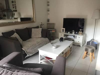 Location meublée appartement 2pièces 48m² Saint-Julien-En-Genevois (74160) Menthonnex-sous-Clermont