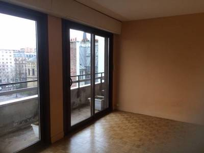 Location meublée maison 67m² Paris 13E Paris 16ème