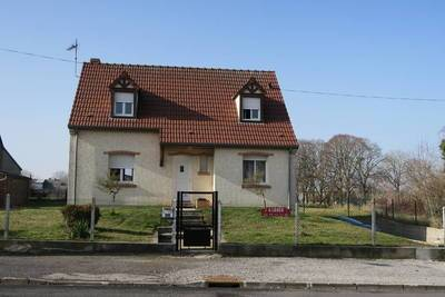 Location maison 140 m² Essigny-Le-Grand (02690) Bellenglise