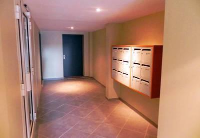 Location appartement 2pièces 34m² Marseille 3E - 550€