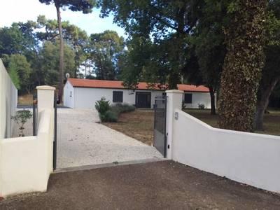Location maison 155m² Saint-Palais-Sur-Mer (17420) Saint-Sulpice-de-Royan