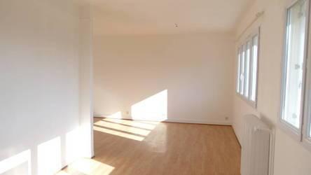 Location studio 38m² Avon (77210) - 590€