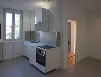 Location appartement 3pièces 55m² Saint-Etienne (42) - 530€