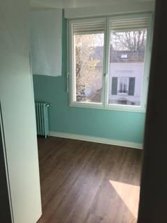 Location appartement 4pièces 87m² Sartrouville (78500) - 1.250€