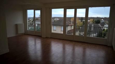 Location appartement 4pièces 96m² Saint-Cloud (92210) - 2.230€