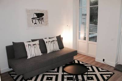 Location meublée studio 25m² Paris 14E - 795€